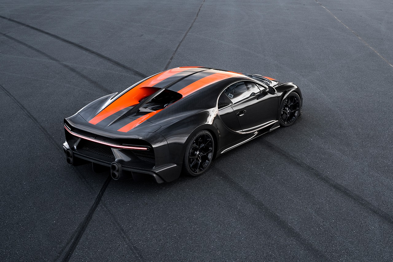 Rear three quarter view of the record-setting Chiron showing it's stacked tail pipes a la Centodieci.